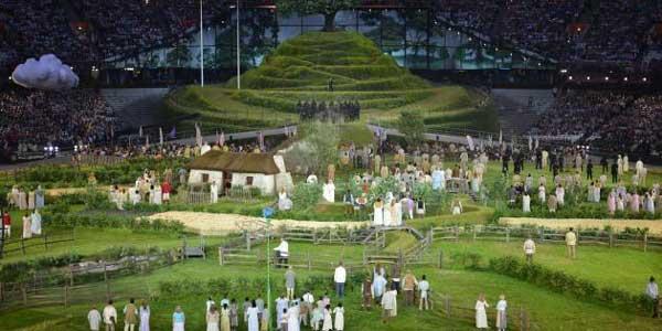 La colline de Gastonbury à la cérémonie d'ouverture des JO de Londres